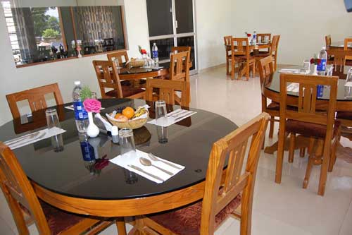 Munnar Restaurants- Holiday Heaven